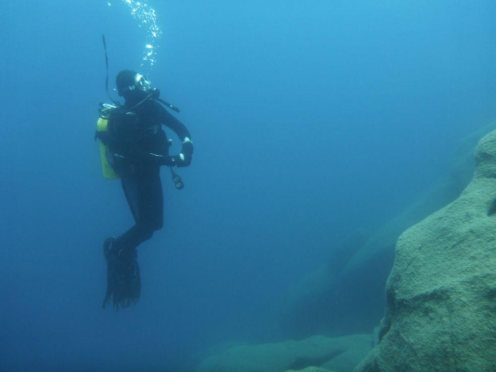 Scuba Diving in Lake Tahoe