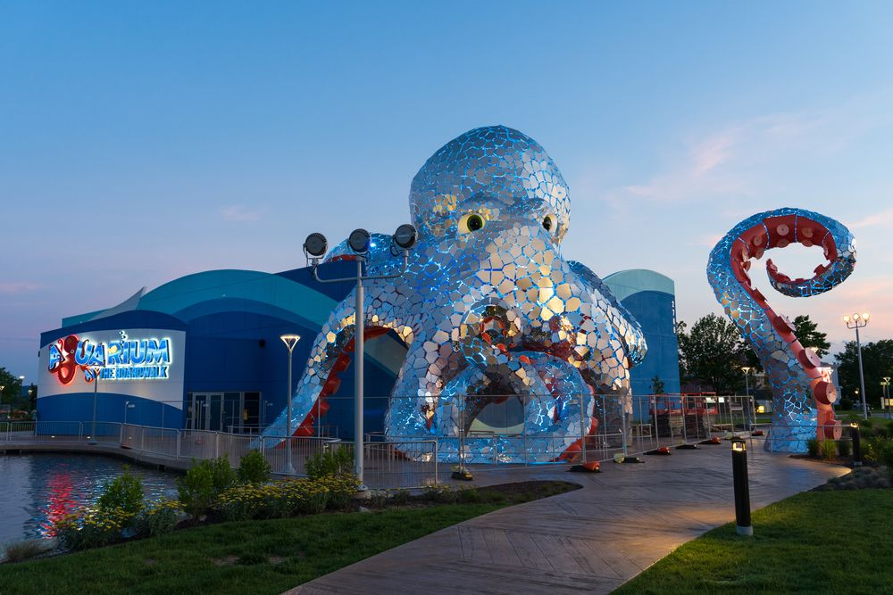 Outside View of Aquarium at the Boardwalk