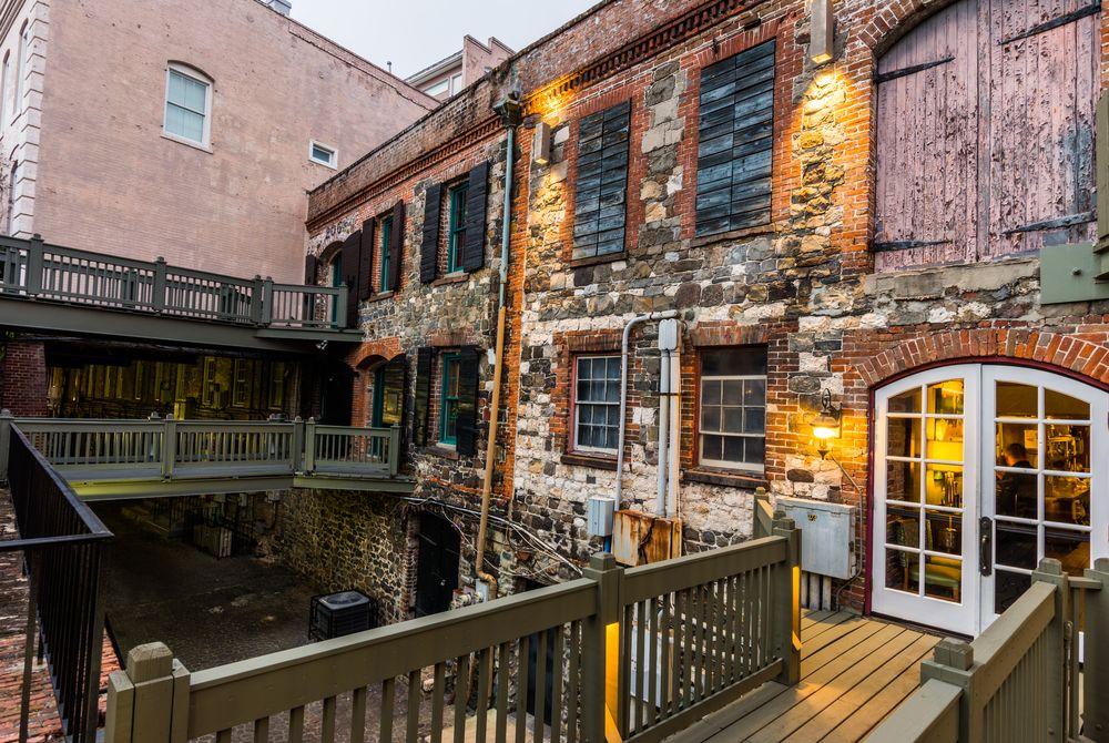 Warm day in River Street in Savannah