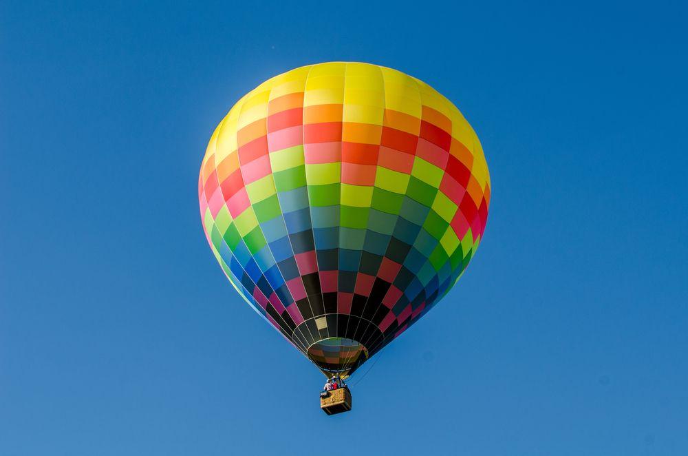 Hot Air Balloon in Lake Elsinore