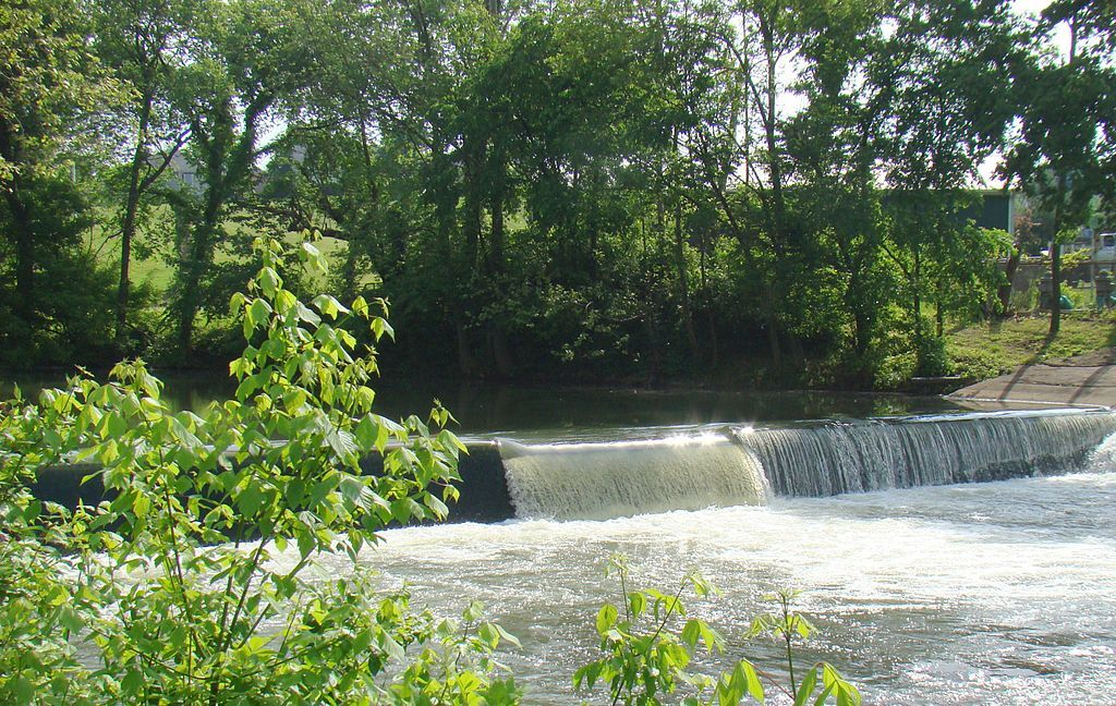 Wallace Dam on Elkhorn Creek