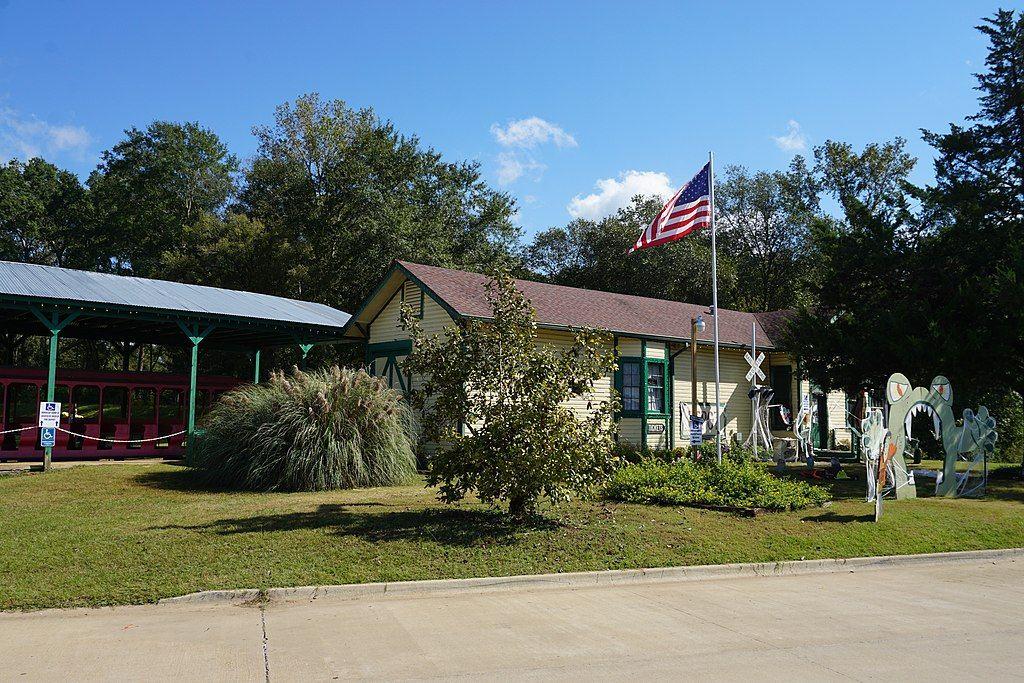 View of  Historic Jefferson Railway depot