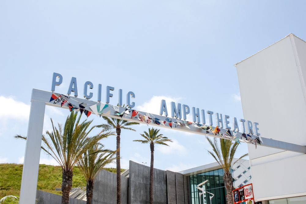 Outside View of Pacific Amphitheatre