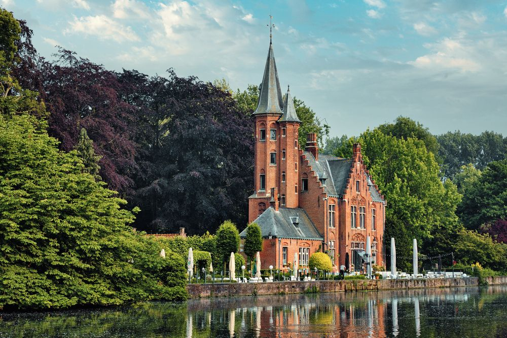 View of Minnewater and a Building