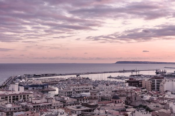Where to Stay in Alicante